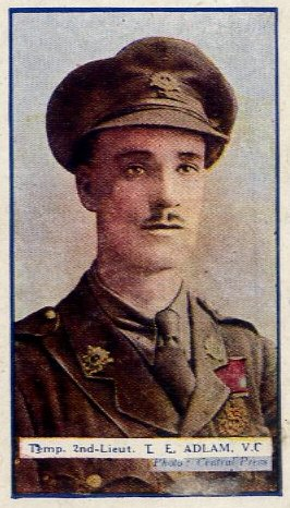 Temp 2nd Lt T E Adlam 7th Beds - VC - WW1 Gallaher cigarette card - recto